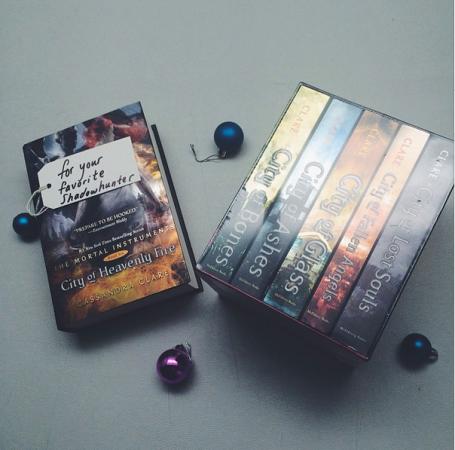 Mega Giveaway .@SimonTEEN (X 12/25/14)